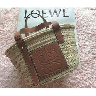 LOEWE - ロエベ LOEWE人気ストローバッグ かご カゴ  サイズ M