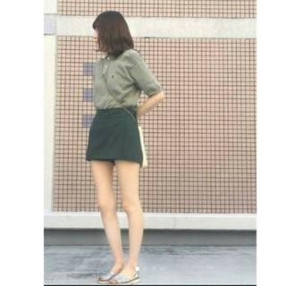 新品 グリーン ミニスカート
