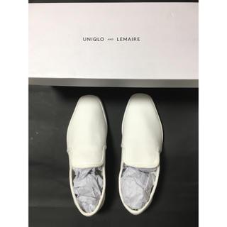 ユニクロ(UNIQLO)のユニクロ ルメール uniqlo lemaire  白 23.5 新品未使用(スリッポン/モカシン)