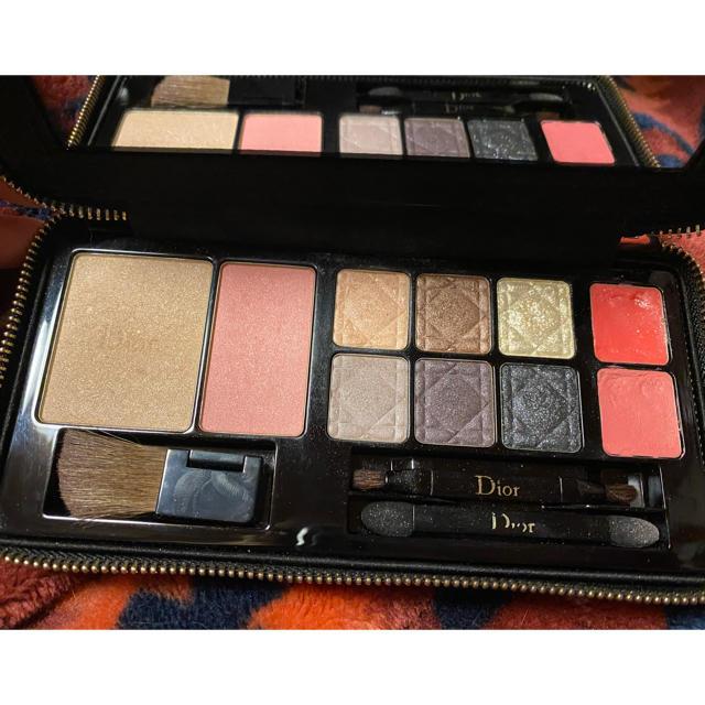 Dior(ディオール)のディオール 限定品メイクアップパレット 美品 コスメ/美容のキット/セット(コフレ/メイクアップセット)の商品写真