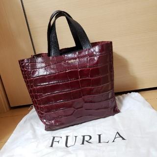 Furla - 美品 FURLA 型押しレザー ハンドバッグ