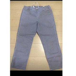 ユニクロ(UNIQLO)のユニクロ パンツ 七分丈 紺×白チェック L(クロップドパンツ)