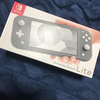 ニンテンドースイッチ(Nintendo Switch)のNintendo Switch Lite 本体 black(家庭用ゲーム機本体)