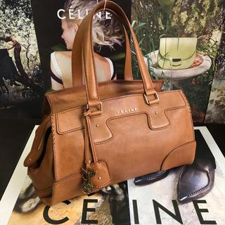 celine - 【正規品】美品✨ CELINE セリーヌ  馬車 バッグ ショルダー 上質皮革