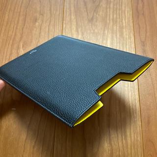 セリーヌ(celine)のCELINE セリーヌ iPad miniケース(ブラック×イエロー)(その他)