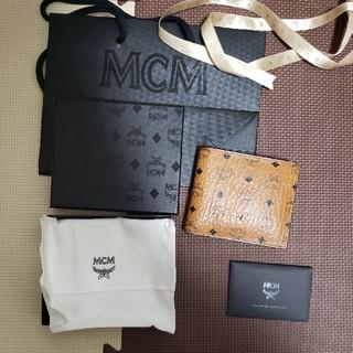エムシーエム(MCM)のmcm 財布 折り畳み(折り財布)