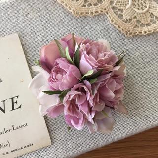 ローズピンクバラとホワイトパープル、ラベンダー紫陽花のコサージュ(コサージュ/ブローチ)