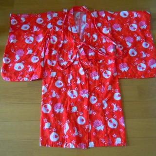 ユニクロ(UNIQLO)のUNIQLO 女の子用浴衣 赤基調 サイズ120(甚平/浴衣)