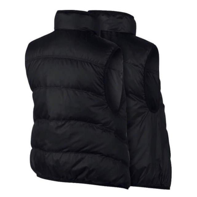 NIKE(ナイキ)の新品 NIKE ナイキ ウィンドランナー ダウンベスト レディースのジャケット/アウター(ダウンベスト)の商品写真