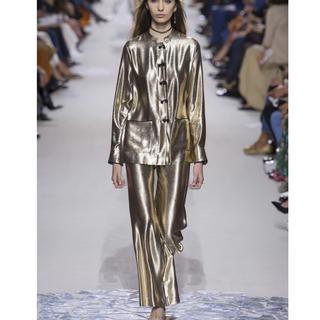 クリスチャンディオール(Christian Dior)の美品 Dior ディオール SS18 メタリック シルクパンツ 40 ゴールド(カジュアルパンツ)