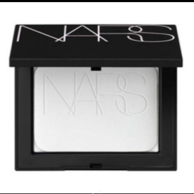 NARS(ナーズ)のNARS ライトリフレクティングセッティングパウダー プレストN #5894 C コスメ/美容のベースメイク/化粧品(フェイスパウダー)の商品写真