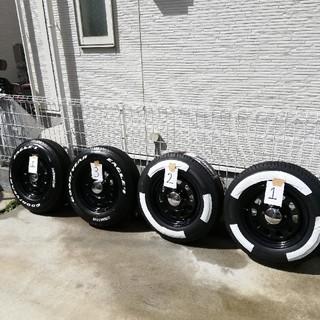 美品 タイヤ ホイール ナスカー デイトナ 15インチ キャラバン ハイエース