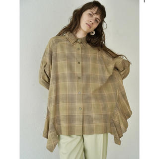 CLANE完売新品タグ付きBACK FLOWING FRILL SHIRT