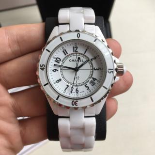 CHANEL 時計 J12 数字盤 黒 白 33mm/38mm在庫あります