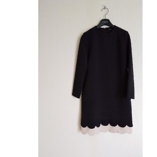 BARNEYS NEW YORK - ヨーコチャン yoko chanスカラップワンピース長袖36黒×ベージュ