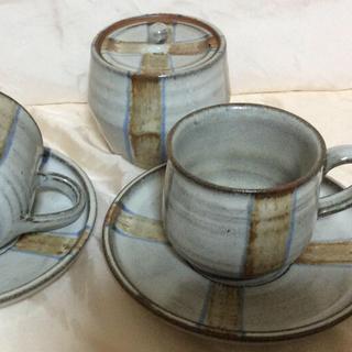 コーヒーカップ&ソーサー  (2セット)  ➕シュガーポット(食器)