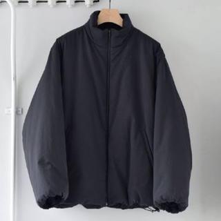 コモリ(COMOLI)の20ss インサレーションジャケット ブラック サイズ3 (ナイロンジャケット)