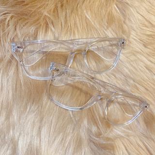 ラスト1点 クリアメガネ 伊達眼鏡 ワイドフレーム スタッズ付きメガネケース