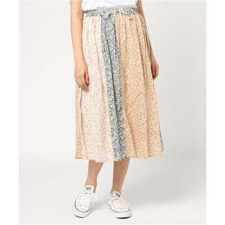 SM2 - 新品未使用✨サマンサモスモス 花柄スカート