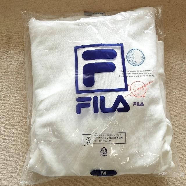 ☆新品・タグ付き☆BTS×FILA  V着用タイプ パーカー 白 Mサイズ レディースのトップス(パーカー)の商品写真