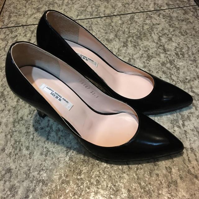 VII XII XXX(セヴントゥエルヴサーティ)のseven twelve thirty エナメル パンプス レディースの靴/シューズ(ハイヒール/パンプス)の商品写真