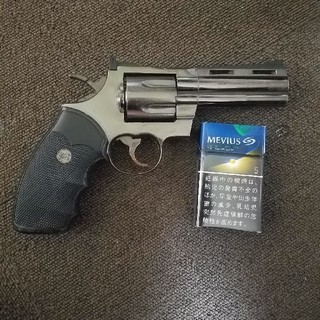 拳銃ライター