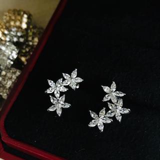 PonteVecchio - トリプルフラワーピアス☆2way高品質人工ダイヤモンド