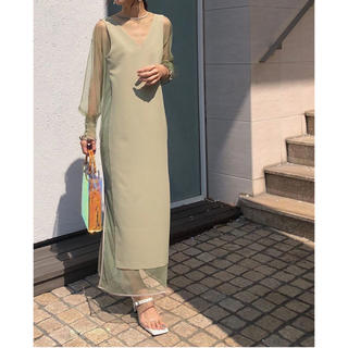 アメリヴィンテージ(Ameri VINTAGE)のTULLE DOCKING DRESS(ロングドレス)