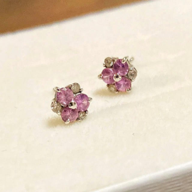 JEWELRY TSUTSUMI(ジュエリーツツミ)のcoco様 専用 k18 ピンクサファイア&ダイヤモンド フラワー ピアス レディースのアクセサリー(ピアス)の商品写真
