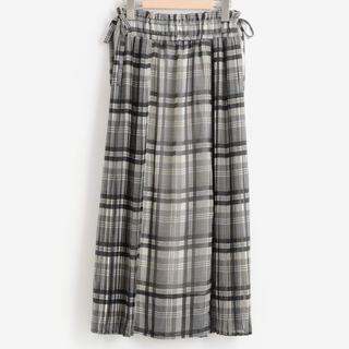 マジェスティックレゴン(MAJESTIC LEGON)のプリーツスカート   美品(ロングスカート)