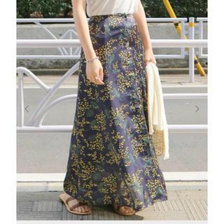 IENA SLOBE - スローブイエナ ミモザ柄フロントボタンスカート