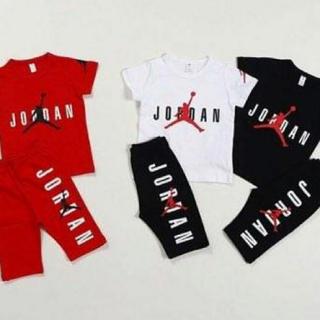 韓国子供服セットアップ