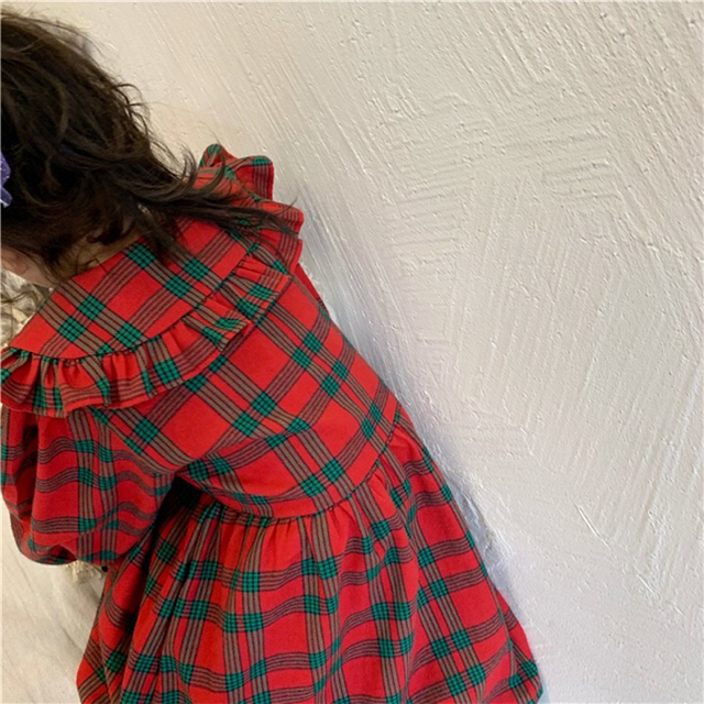 新作 レッド×グリーン フリル襟 ボリューム袖 チェック ワンピース キッズ/ベビー/マタニティのベビー服(~85cm)(ワンピース)の商品写真
