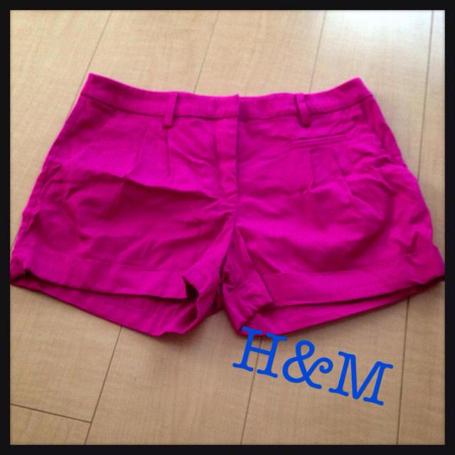 H&M(エイチアンドエム)のH&M ピンクショートパンツ レディースのパンツ(ショートパンツ)の商品写真