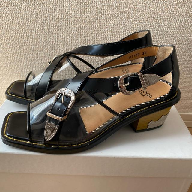TOGA(トーガ)のTOGA PULLA  クリアベルトサンダル  レディースの靴/シューズ(サンダル)の商品写真