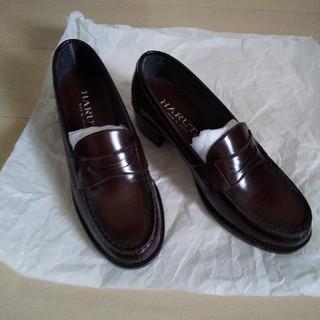 ハルタ(HARUTA)のローファー 25、5㎝(ローファー/革靴)