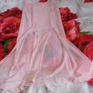 フォーエバートゥエンティーワン(FOREVER 21)の春爛漫💖大人女子ピンクの スリットスカート(ロングスカート)