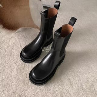 ドゥーズィエムクラス(DEUXIEME CLASSE)の本革 サイドゴア ミッドカーフブーツ BOTTEGA VENETA 好きな方(ブーツ)