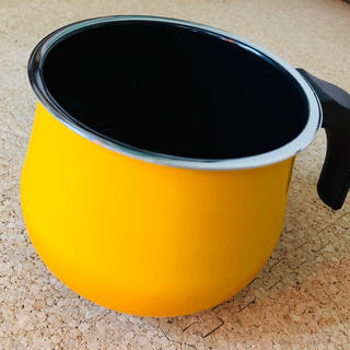 ヴェーエムエフ(WMF)のシラルガン  クレイジーイエローミルクポット レアカラー(鍋/フライパン)