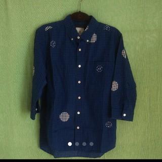 ユニフォームエクスペリメント(uniform experiment)のMr.Children pv桜井さん uniform experimentシャツ(シャツ)