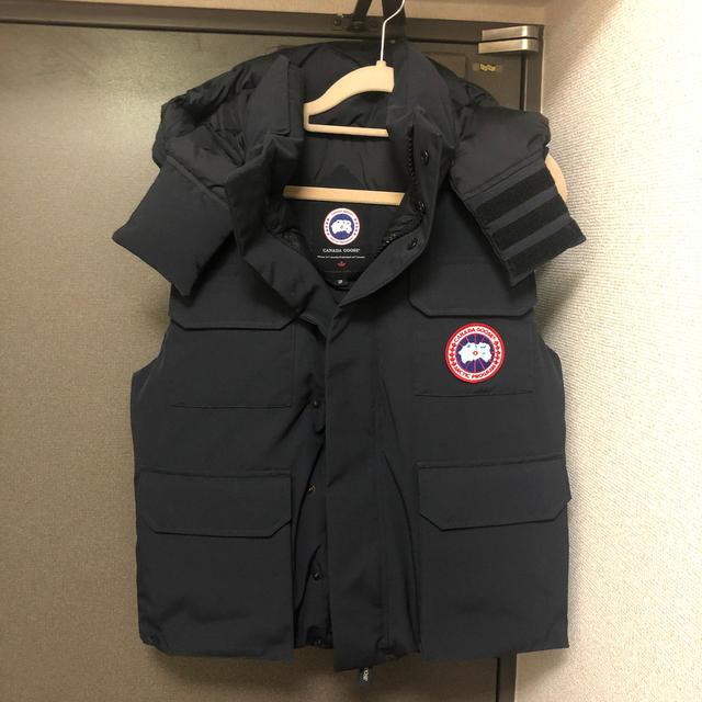 CANADA GOOSE(カナダグース)のカナダグース ダウンベスト メンズのジャケット/アウター(ダウンベスト)の商品写真