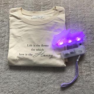 トリプルエー(AAA)のHoneystory♡ペンライトとTシャツセット♡(Tシャツ(半袖/袖なし))