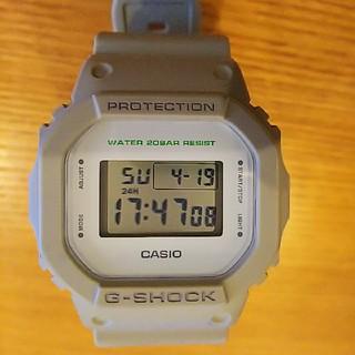 ジーショック(G-SHOCK)の限定  G-SHOCK  DW-5600M  ベージュ(腕時計(デジタル))