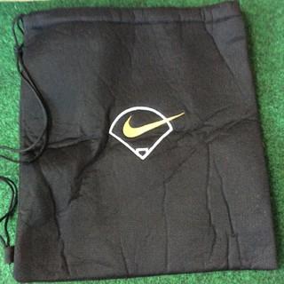 ナイキ(NIKE)の【美品】ナイキ グラブ袋 NIKE BASEBALL 室内利用のみ 高校野球(その他)