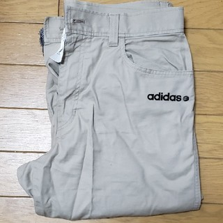 アディダス(adidas)のアディダス 七部丈 ズボン(チノパン)