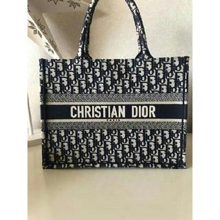 Christian Dior - ディオールブックトートお値下げします。