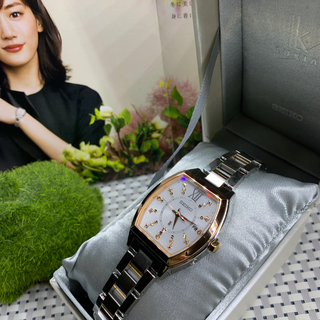 セイコー(SEIKO)の美品 SEIKO LUKIA クリスマス限定モデル限定3300本(腕時計)