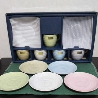 【コーヒーカップ&ソーサー5色セット 陶器製 新品未使用】(グラス/カップ)