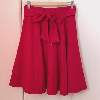 ミッシュマッシュ(MISCH MASCH)のミッシュマッシュ リボンベルト付き フレアスカート 赤(ひざ丈スカート)