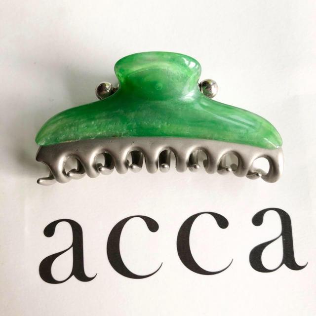 acca(アッカ)のacca Barbie CLIP バービークリップ Mサイズ 中サイズ グリーン レディースのヘアアクセサリー(バレッタ/ヘアクリップ)の商品写真
